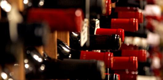 Stock punta all'Italia con l'acquisizione di Distillerie Franciacorta. Gli studi