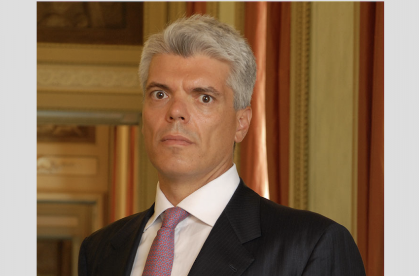 Tax, Stefano Grilli verso Withers